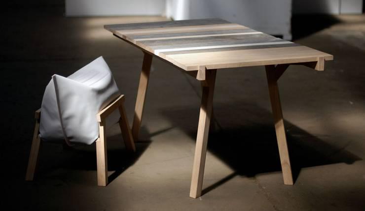 Stół: styl , w kategorii Kuchnia zaprojektowany przez MALAFOR