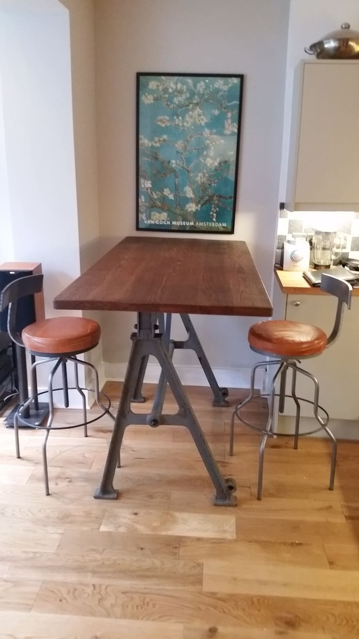 High Kitchen Table:  Kitchen by V I Metal Ltd