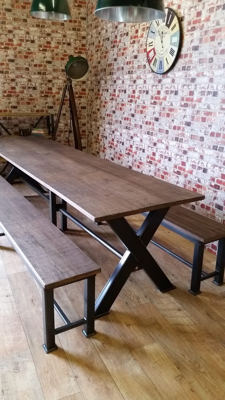 Meeting Table:  Office spaces & stores  by V I Metal Ltd