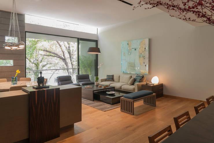 غرفة المعيشة تنفيذ Faci Leboreiro Arquitectura
