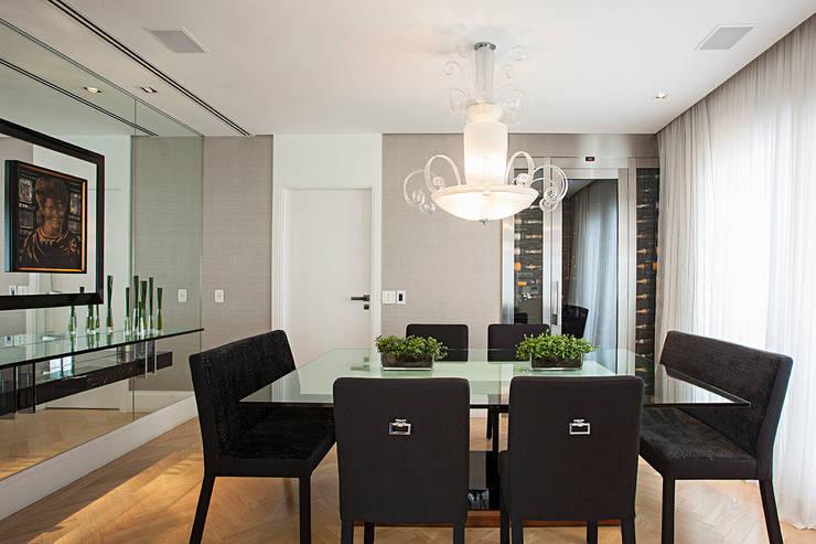 sala de jantar Salas de jantar ecléticas por korman arquitetos Eclético