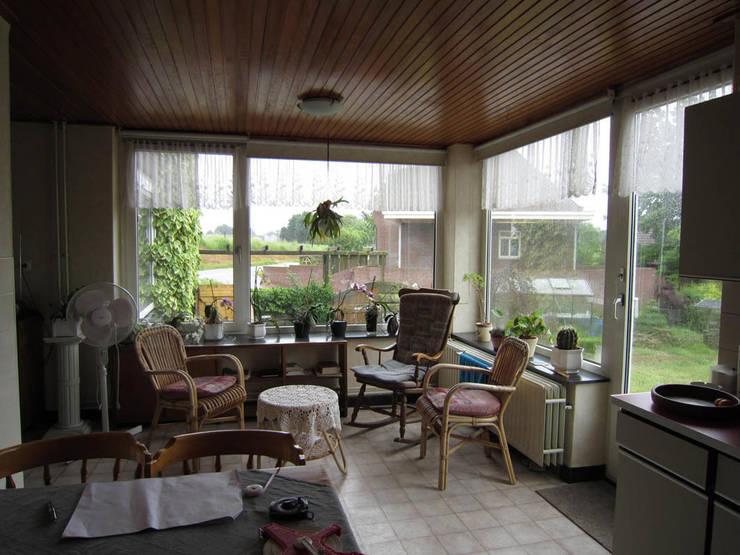 Voormalige woonkamer:   door bijvoet architectuur & stadsontwerp