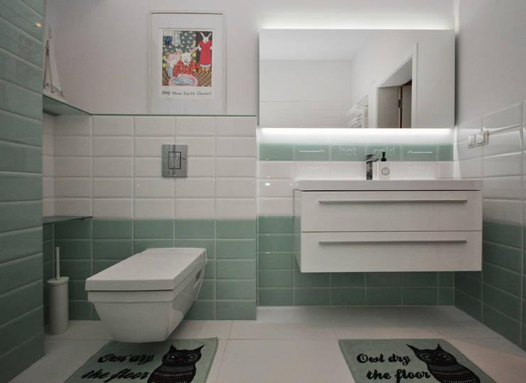 Dom pod Warszawą: styl , w kategorii Łazienka zaprojektowany przez MAKAO home