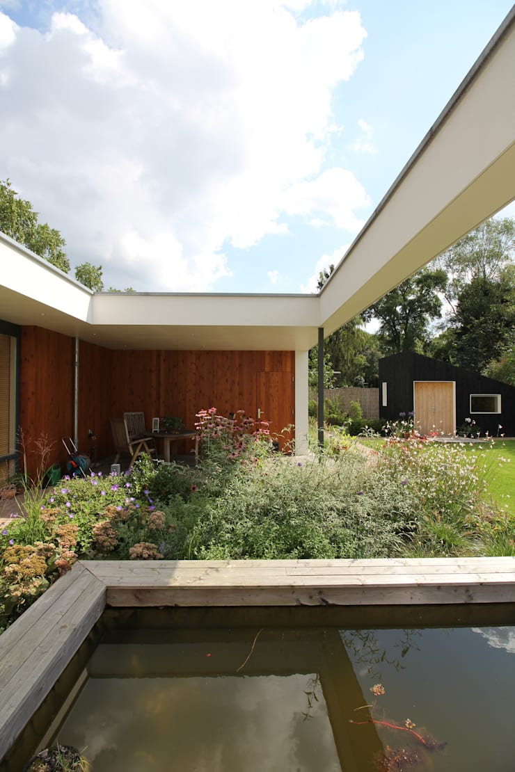 Terrace by  Ariens cs, Architecten & Ingenieurs, Modern