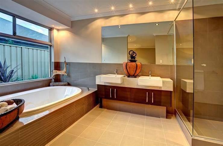 classic Bathroom by Moda Interiors