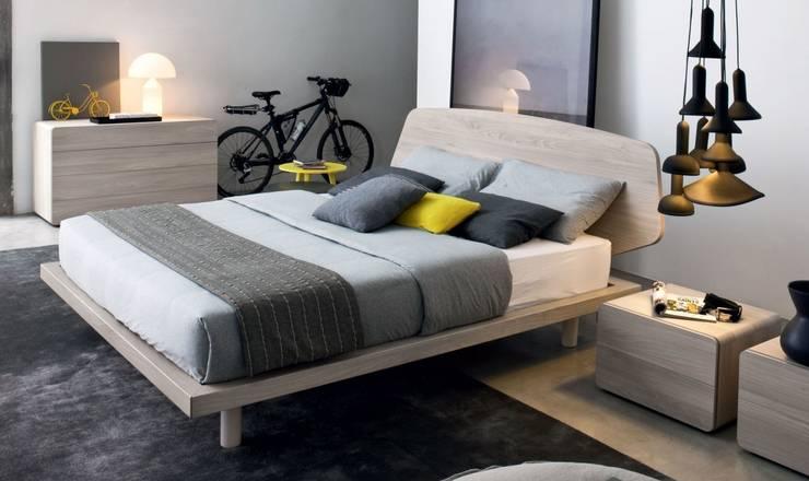 AMBIENTES PARA DESCANSAR: Dormitorios de estilo  de EBAE INTERIORISME
