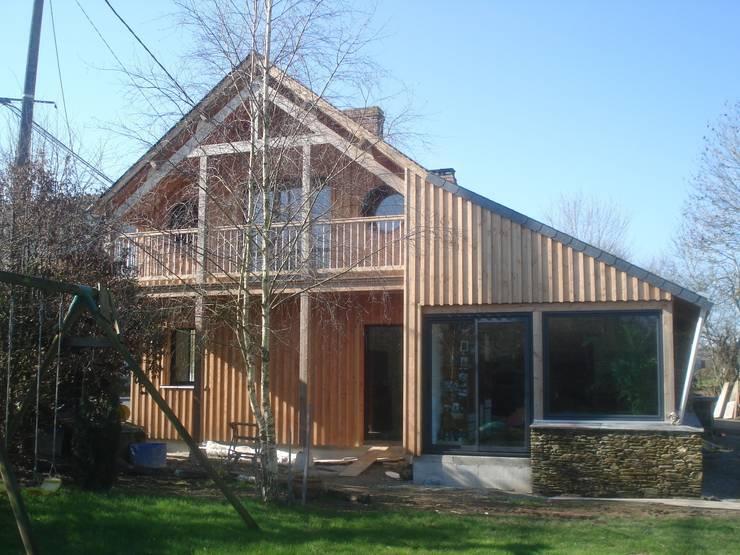 maison FOR: Maisons de style  par Cécile Boerlen Architecte SARL