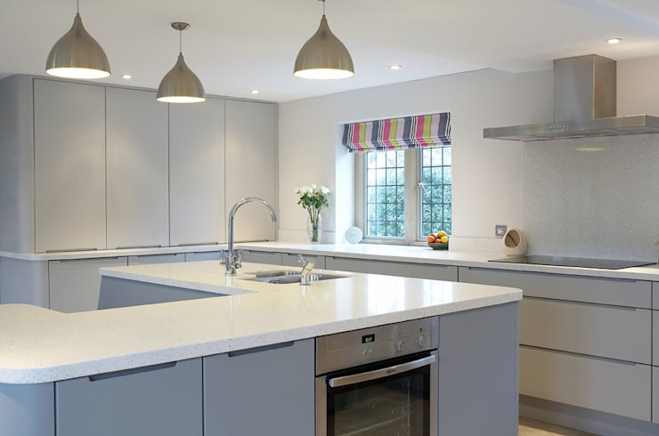 The Painted Handle-less Kitchen:  Kitchen by Duck Egg Kitchens