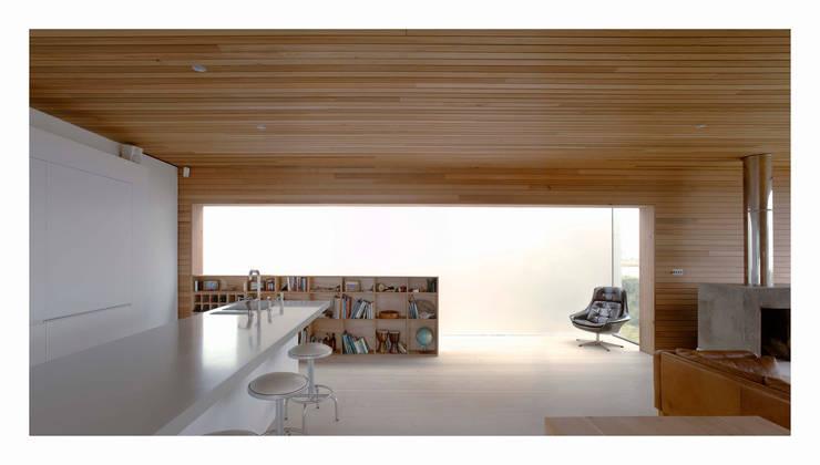 by John Pardey Architects
