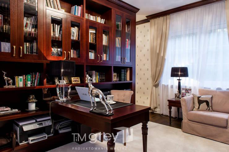 Classic Design - 230m2: styl , w kategorii Domowe biuro i gabinet zaprojektowany przez TiM Grey Interior Design