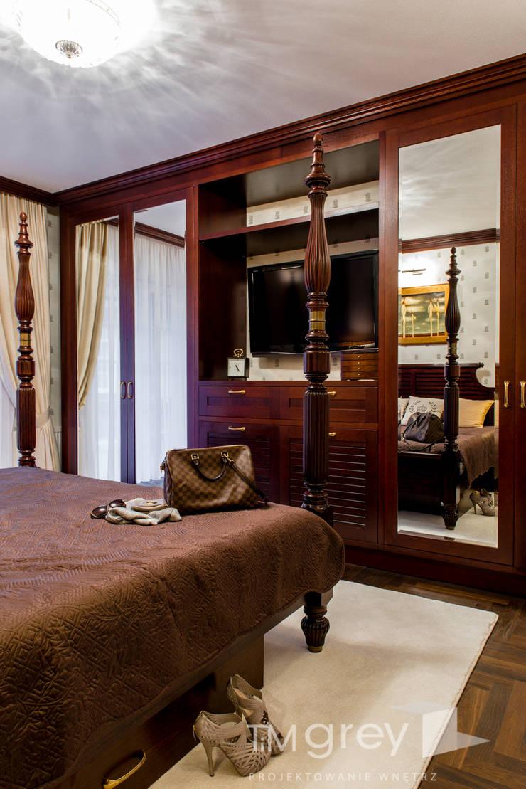 Classic Design – 230m2: styl , w kategorii Sypialnia zaprojektowany przez TiM Grey Interior Design