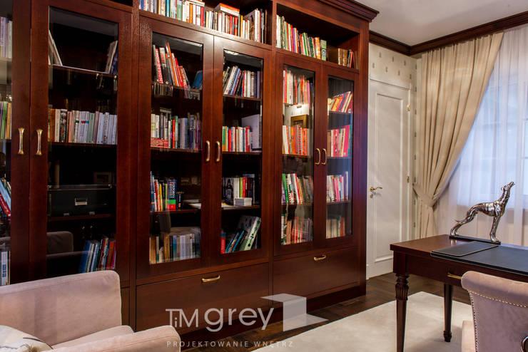Classic Design – 230m2: styl , w kategorii Domowe biuro i gabinet zaprojektowany przez TiM Grey Interior Design