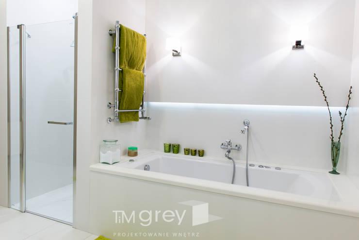 Classic Design - 230m2: styl , w kategorii Łazienka zaprojektowany przez TiM Grey Interior Design
