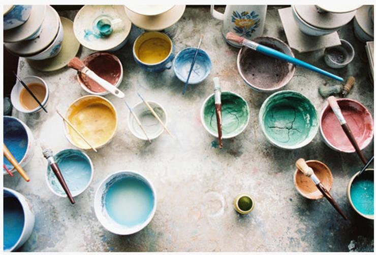 handbeschilderd keramiek, kleine oplages, vakwerk:  Eetkamer door Burra Burra