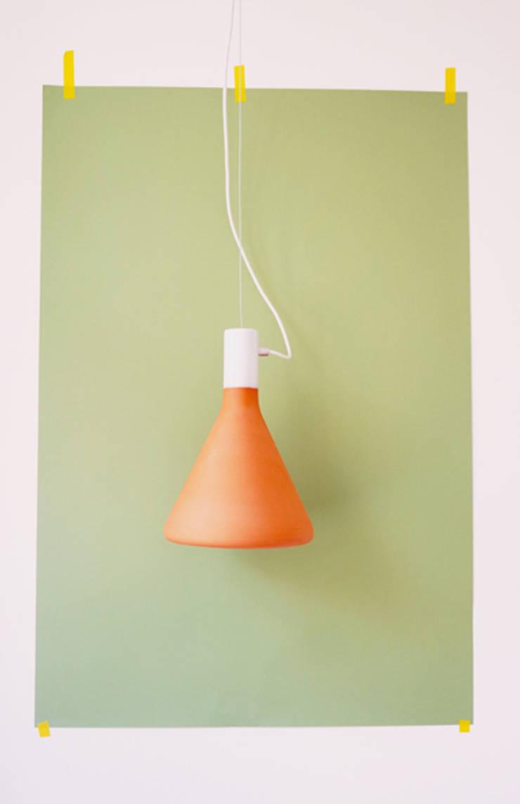 Flasklight: modern  door Diederik Schneemann , Modern