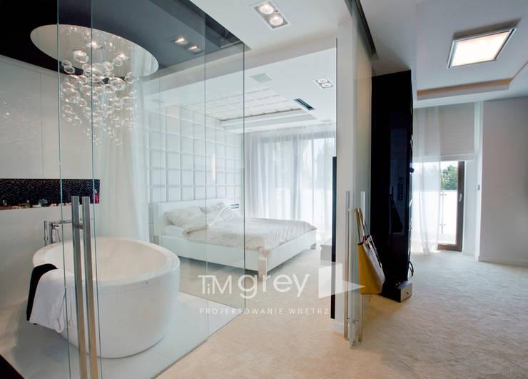 Glamur Apartment 110m2: styl , w kategorii Sypialnia zaprojektowany przez TiM Grey Interior Design