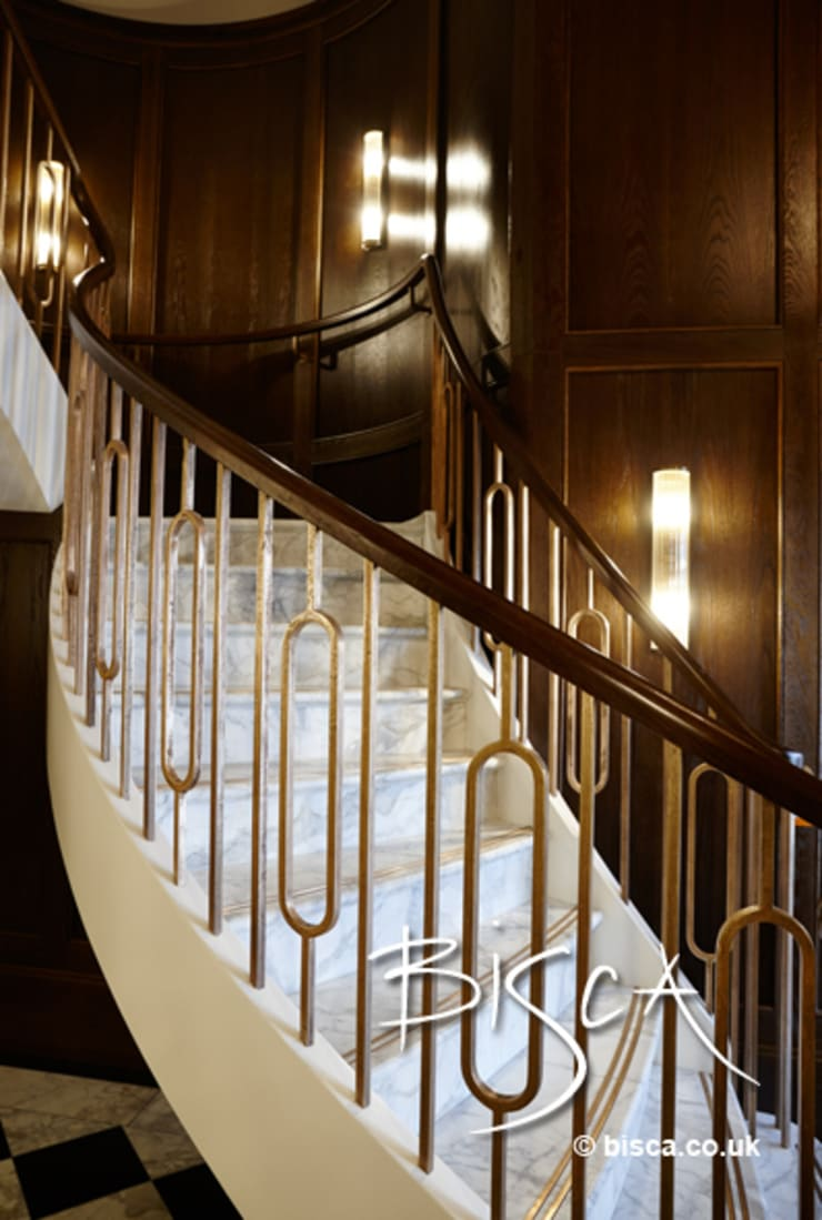 Stone Staircase with timber handrail:  Corridor & hallway by Bisca Staircases