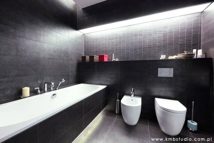 mieszkanie  Wilanów: styl , w kategorii Łazienka zaprojektowany przez kmb studio
