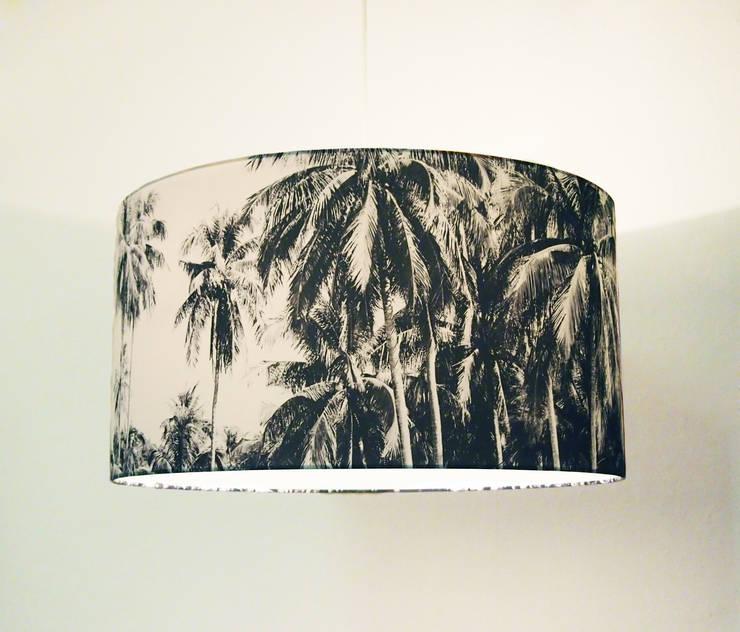 TROPEN Lampenschirm Ø 60 cm Höhe 30 cm:  Wohnzimmer von LUMINÖS leuchten