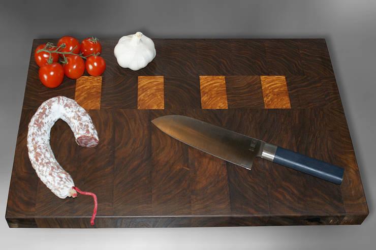 Schneidebrett Walnuss-Olive: klassische Küche von Elbholz