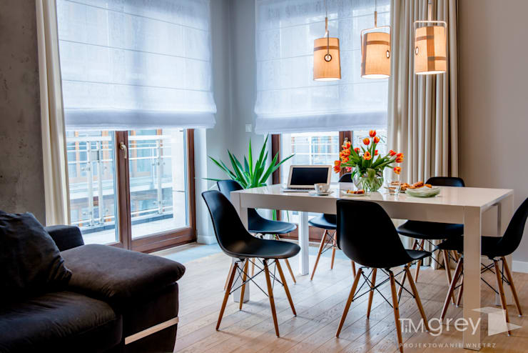 Ruang Makan by TiM Grey Interior Design