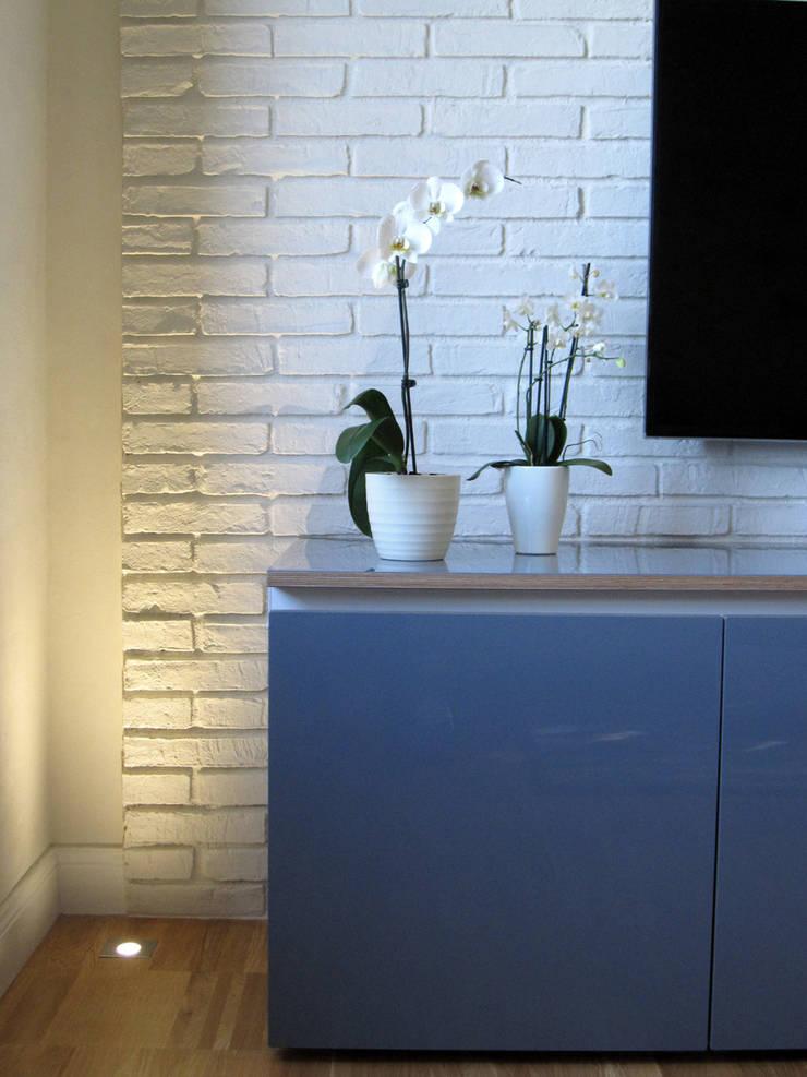 Living room by studio radicediuno