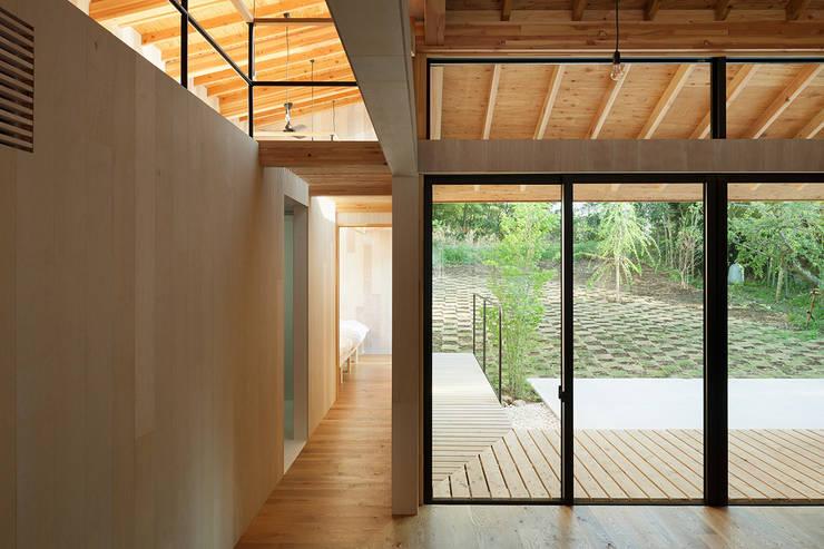松島潤平建築設計事務所 / JP architects의  거실