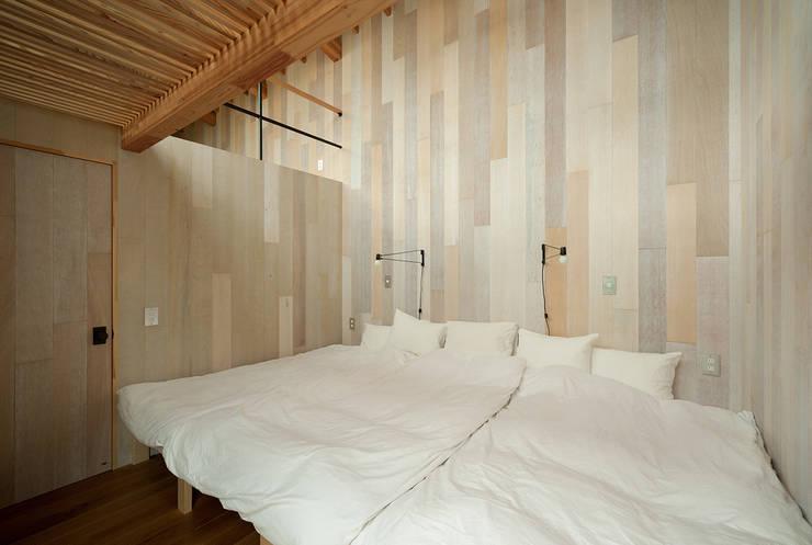 Schlafzimmer von 松島潤平建築設計事務所 / JP architects