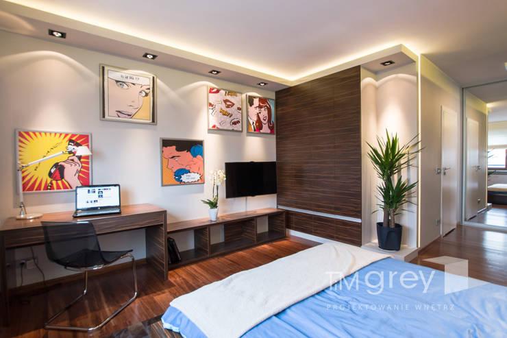Modern Flat 69m2: styl , w kategorii Sypialnia zaprojektowany przez TiM Grey Interior Design
