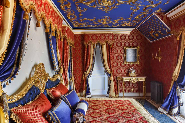 Дом в Песочном: Спальни в . Автор – Privilege Design