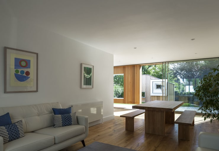 Cut & Frame House:  Living room by Ashton Porter architects