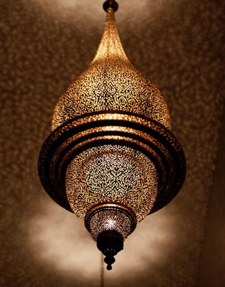 Antique Brass Moroccan Pendant Lamp de Moroccan Bazaar Mediterráneo