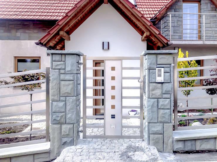 Realizacja ogrodzenia 20: styl , w kategorii Ogród zaprojektowany przez Armet
