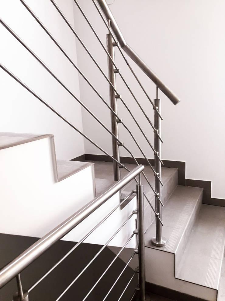 Realizacja Balustrady 4: styl , w kategorii  zaprojektowany przez Armet ,Nowoczesny