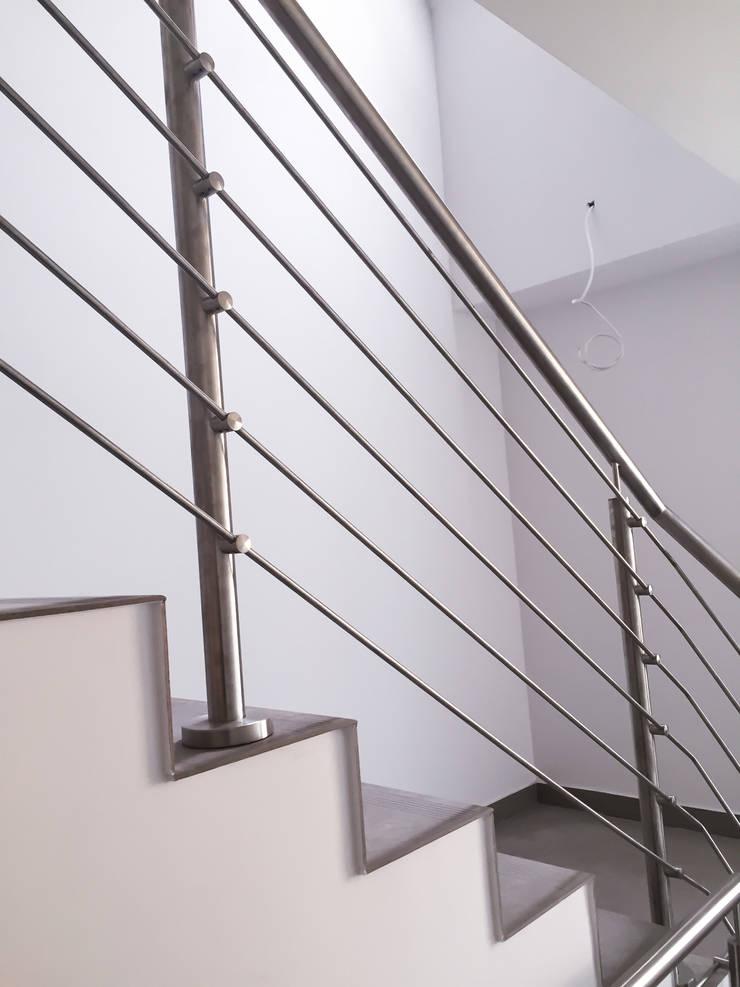 Realizacja Balustrady 4: styl , w kategorii  zaprojektowany przez Armet ,Klasyczny