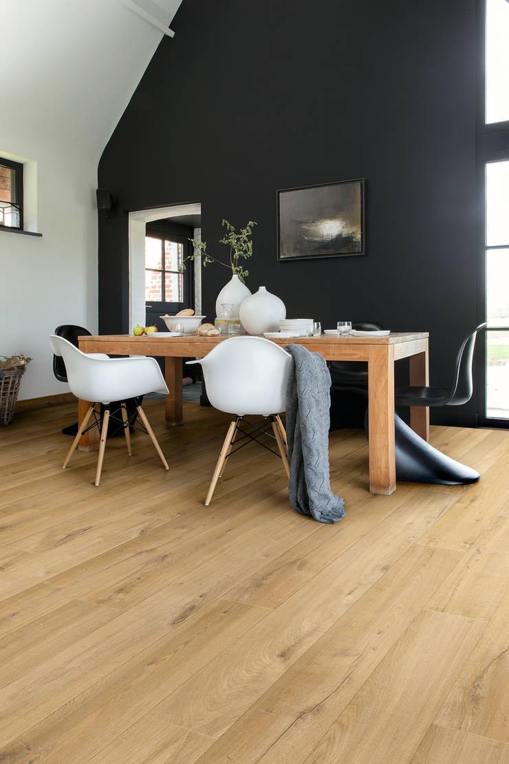 Soft Oak Natural:  Walls & flooring by Quick-Step