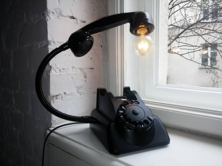 teleLAMPAfon - bLACK Chevy 62': styl , w kategorii  zaprojektowany przez RefreszDizajn,Industrialny