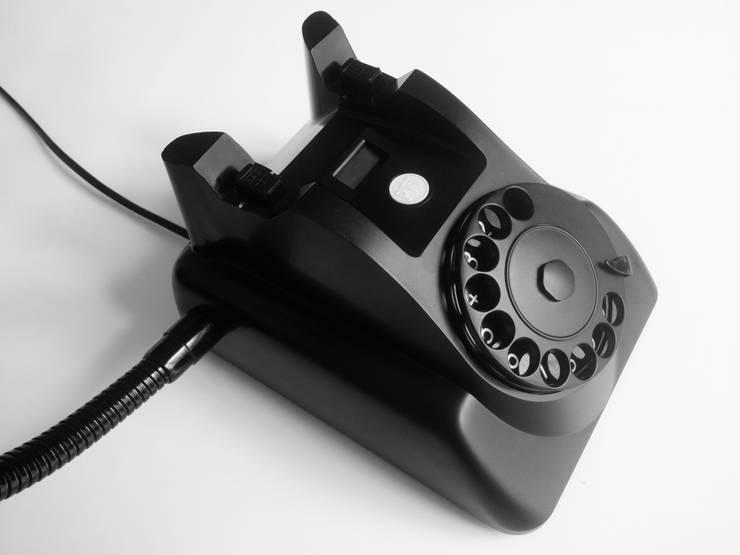 teleLAMPAfon - bLACK Chevy 62': styl , w kategorii Salon zaprojektowany przez RefreszDizajn