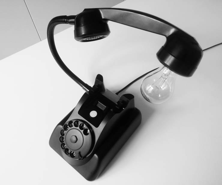 teleLAMPAfon - bLACK Chevy 62': styl , w kategorii Sypialnia zaprojektowany przez RefreszDizajn