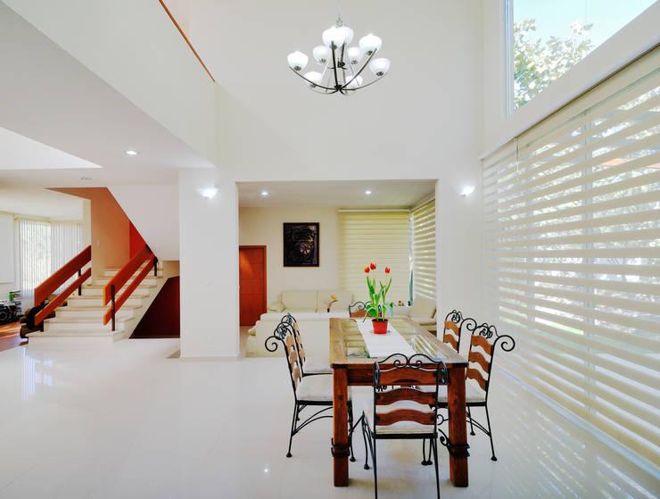 غرفة السفرة تنفيذ Excelencia en Diseño
