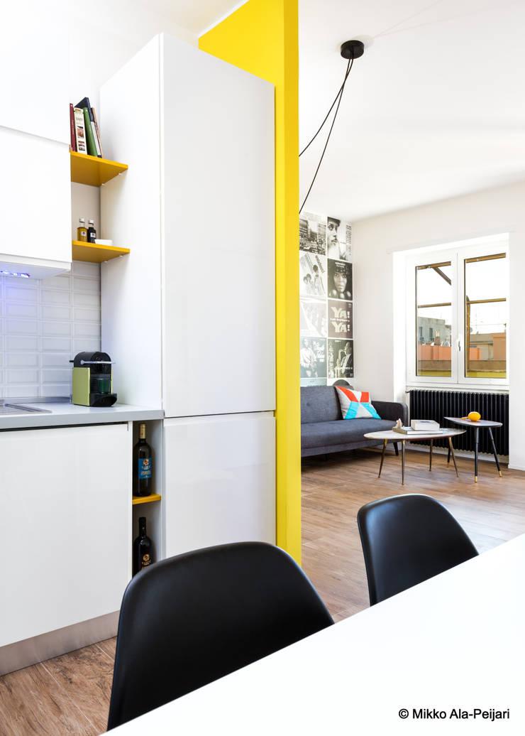 Modern Kitchen by Maurizio Giovannoni Studio Modern