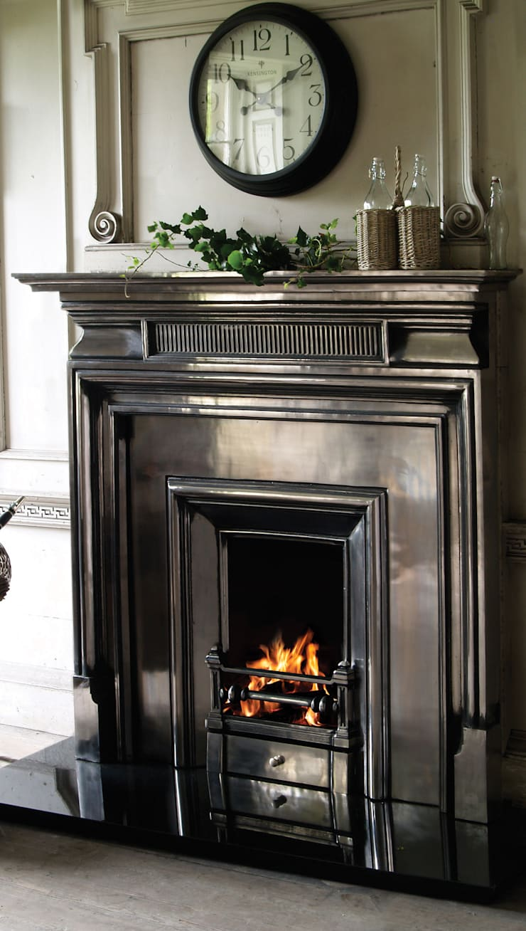 The Belgrave Surround and the Royal Insert Cast Iron Fireplace:  Living room by UK Architectural Antiques