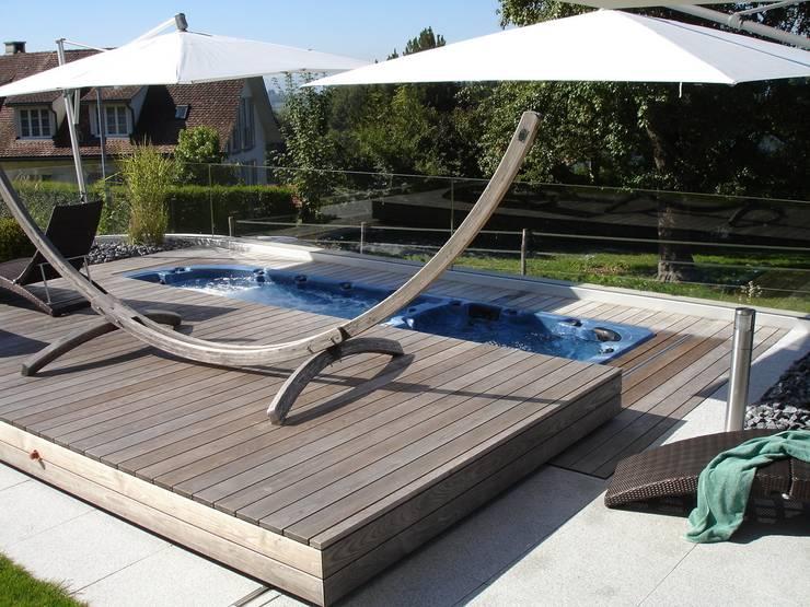 Versteckter Swim-Spa:   von Viva-Aqua GmbH