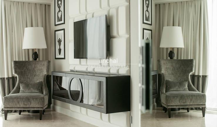 Szafka pod TV i fotel naszego autorstwa: styl , w kategorii Sypialnia zaprojektowany przez Anchal Anna Kuk-Dutka