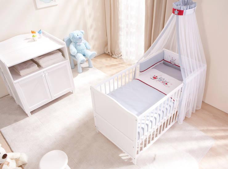VINTAGE Pierwsze Meble Dziecka Komplet Vintage: styl , w kategorii Pokój dziecięcy zaprojektowany przez Jedynak Babywelt