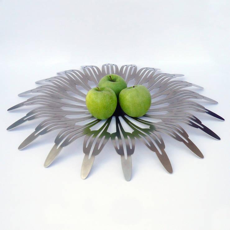 Flower 2: modern  door Dutch Duo Design, Modern