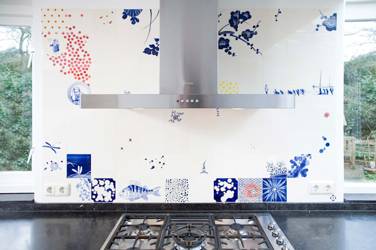 blue red and yellow:  Keuken door José den Hartog, Eclectisch