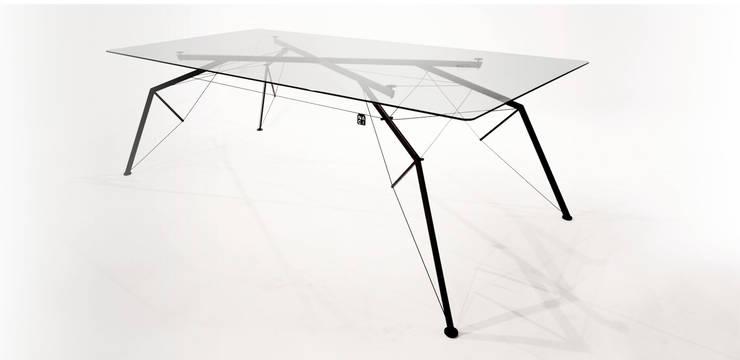 NAGI Dining Table Araña: styl , w kategorii Jadalnia zaprojektowany przez NAGI