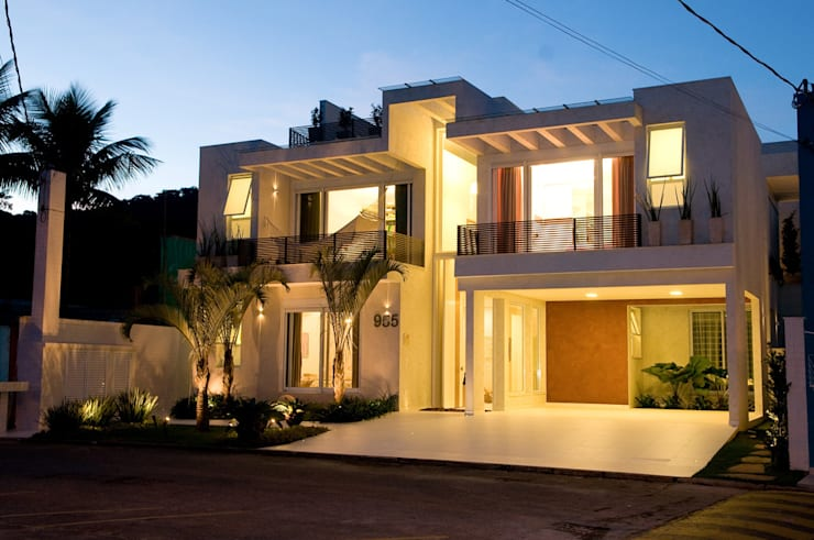 Casas de estilo  por FJ Novaes Light Projects