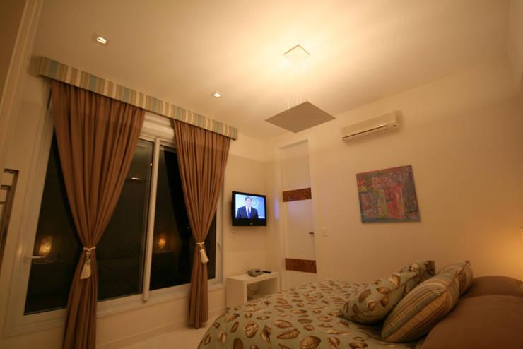 Bedroom by FJ Novaes Light Projects
